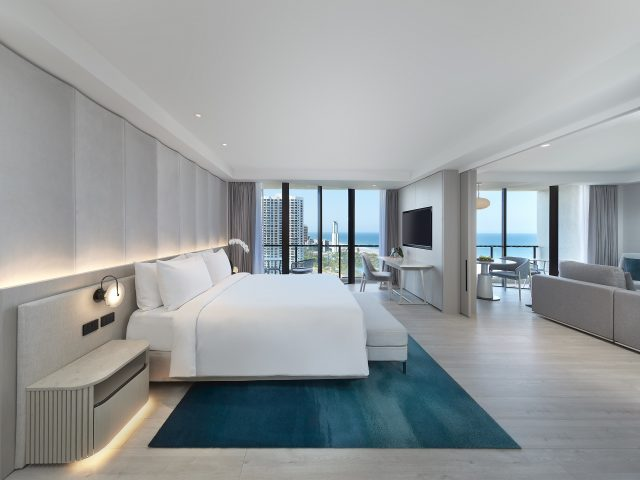 JW MARRIOTT在澳洲黄金海岸首家酒店开张营业。JW MARRIOTT BRAND DEBUTS ON AUSTRALIA'S GOLDEN SHORES WITH THE OPENING OF JW MARRIOTT GOLD COAST RESORT & SPA